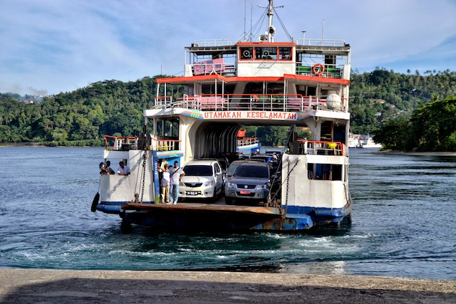 Ferry to Kota Ambon (1)